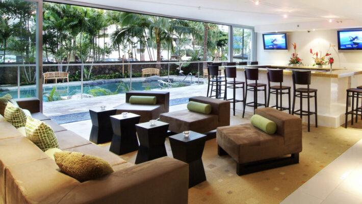 Bar-710x400 Marriott Waikiki Beach Hotel