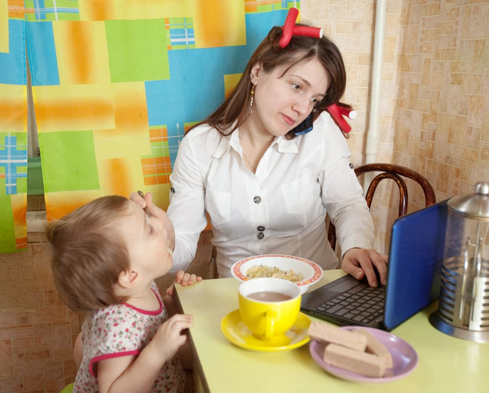 Distracted Parenting—These Stats Will Get Your Attention