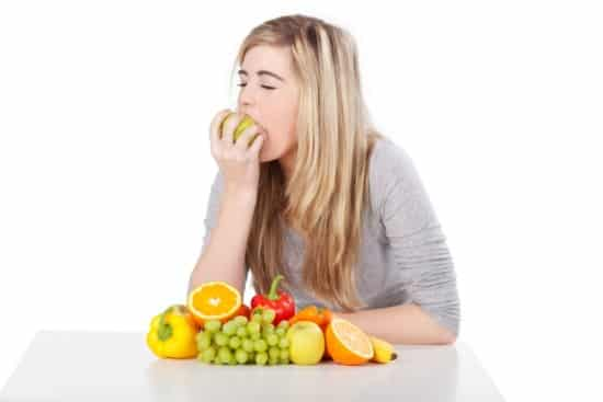 """Fad Diets and Teens: 8 Reasons """"Fad"""" Rhymes with """"Bad"""""""