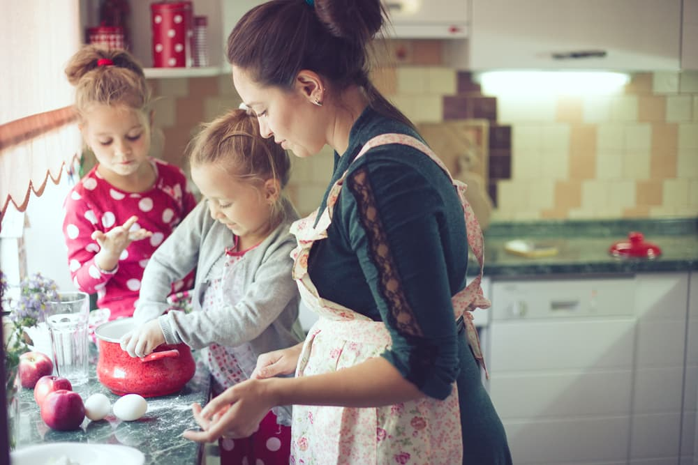 3 Cool Kid-Friendly Treats to Make and Eat