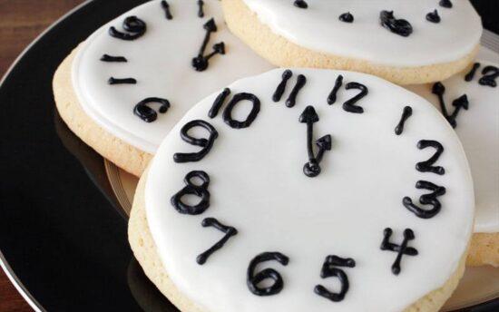 Sugar cookie clock faces