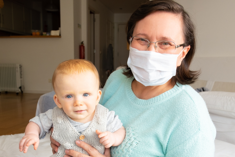 Masks make it difficult for babies to read lips