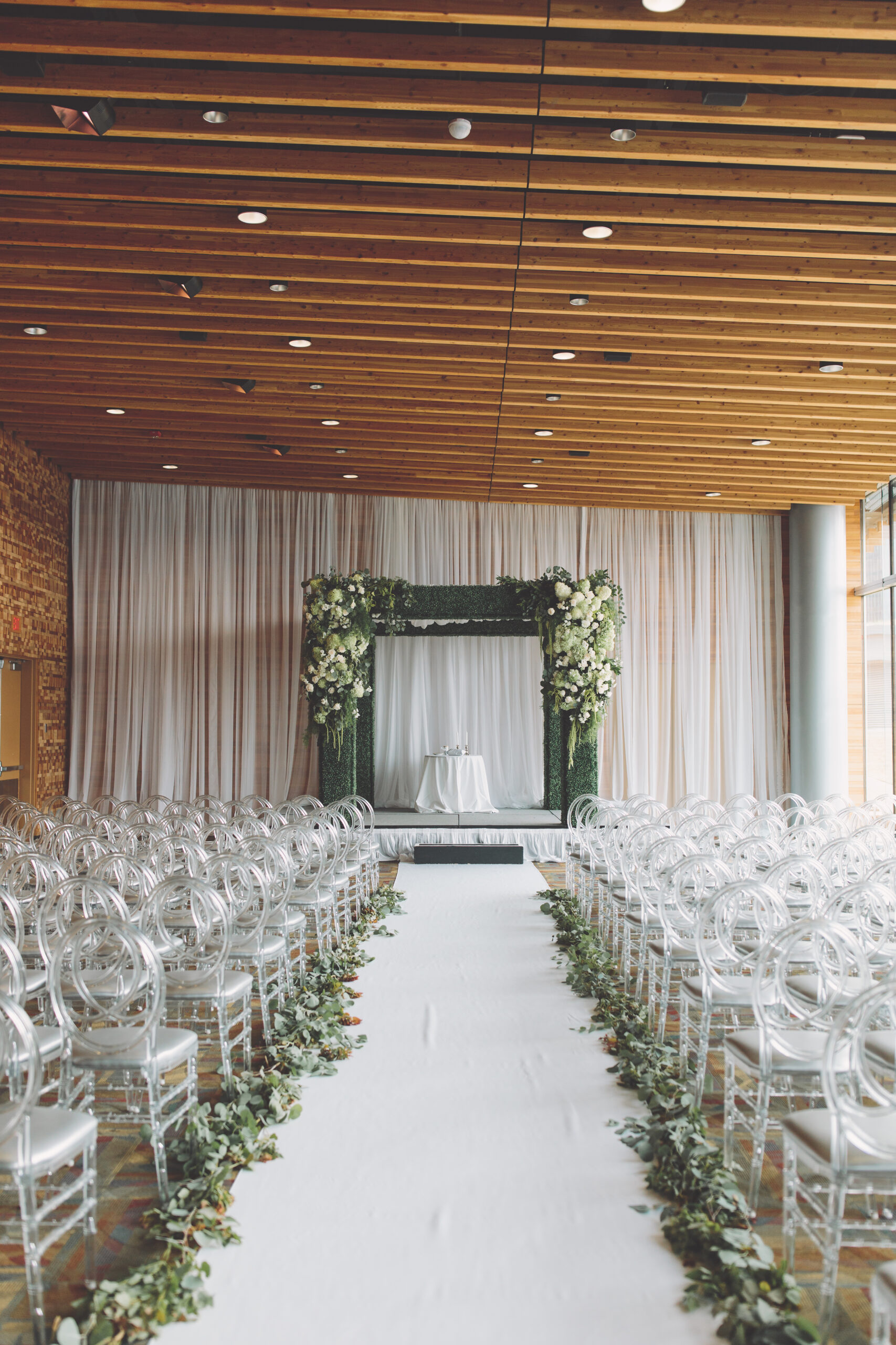 https://secureservercdn.net/45.40.145.151/kgq.ab5.myftpupload.com/wp-content/uploads/2020/04/Amanda-Daniel-Wedding-0393-scaled.jpg?time=1606472051