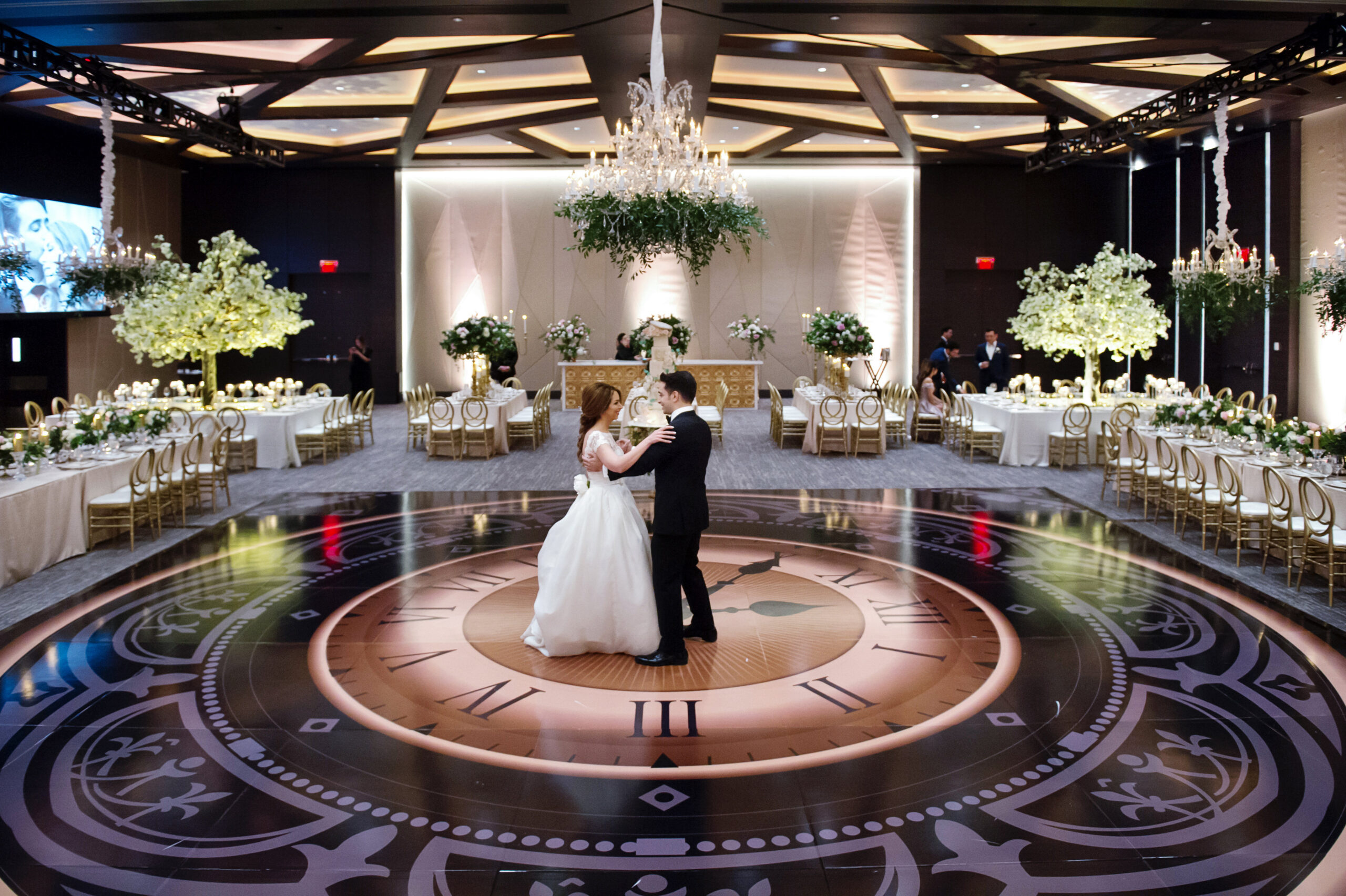 https://secureservercdn.net/45.40.145.151/kgq.ab5.myftpupload.com/wp-content/uploads/2020/04/Sanam-Soroush-s-Wedding-wedluxe-submission-0102-scaled.jpg?time=1634407926