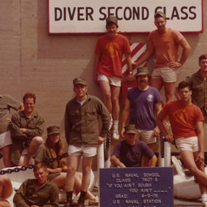 Linda Hubbell with dive school classmates