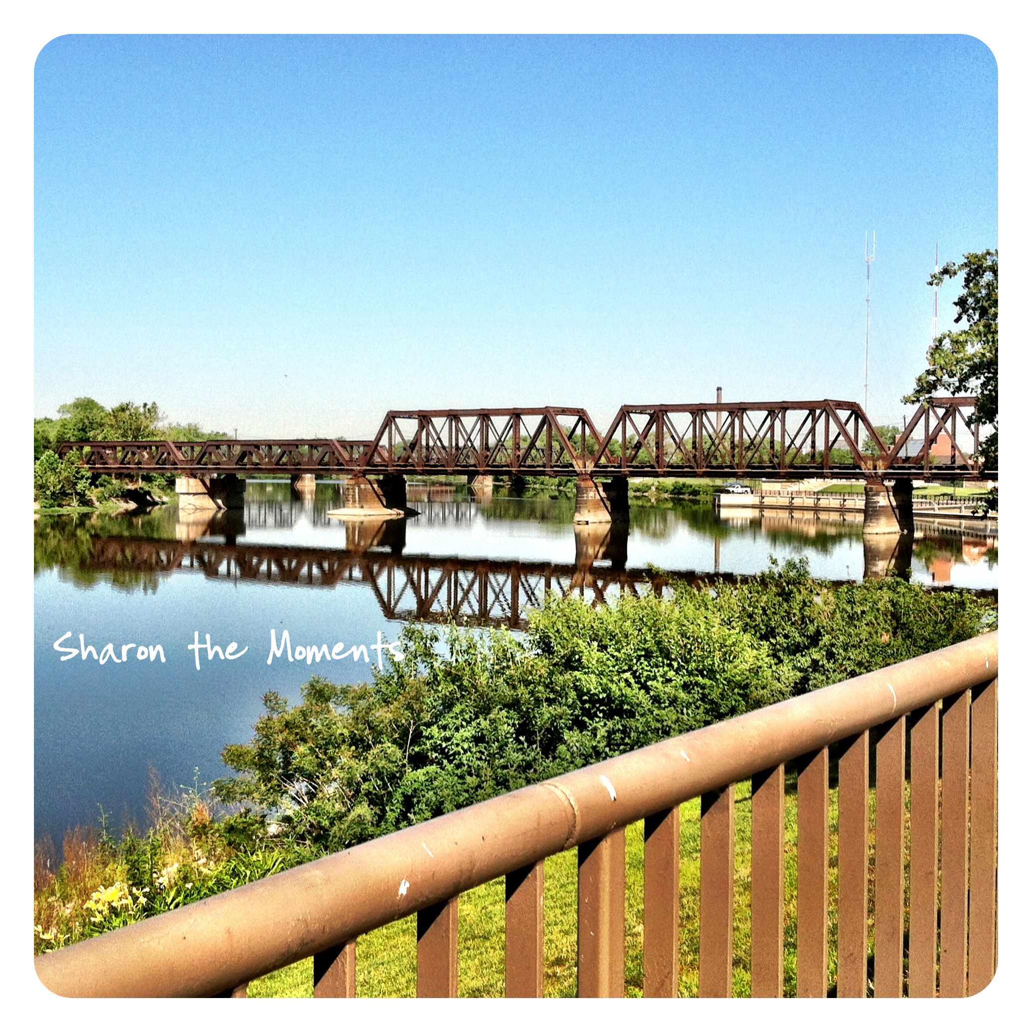 iPhoneography Downtown Columbus Ohio Scioto Mile|Sharon the Moments blog