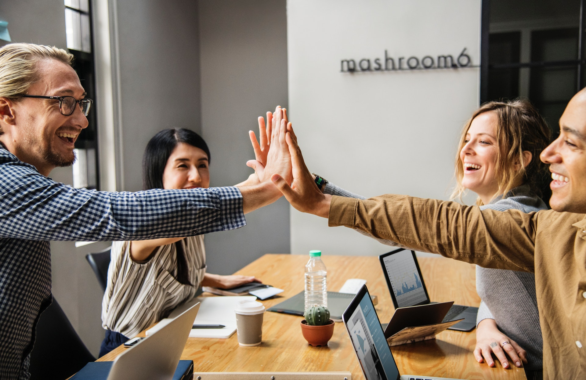 Read more about the article What happens when you offer employees concierge service as a benefit?