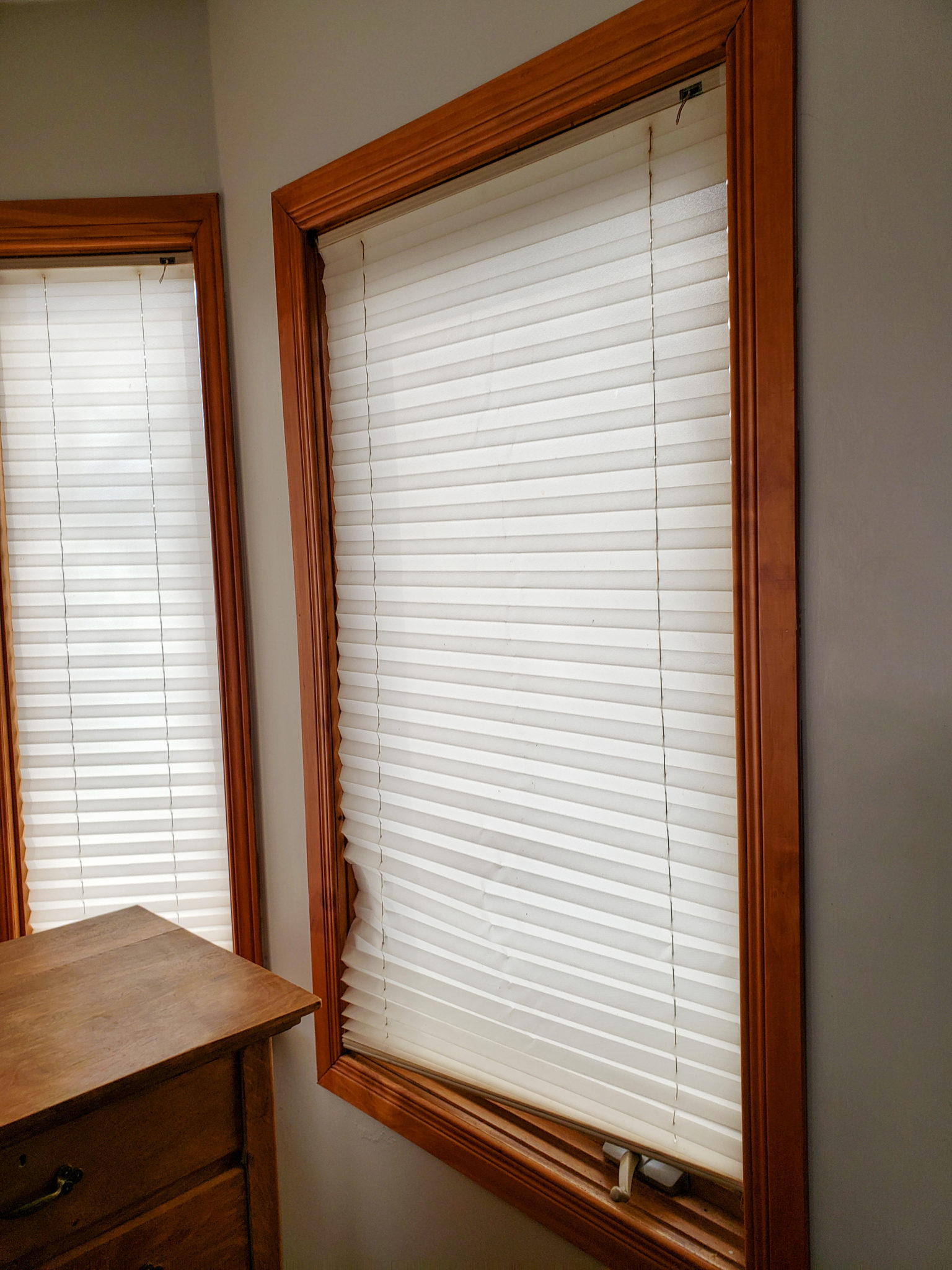 Kitchen window coverings - Before
