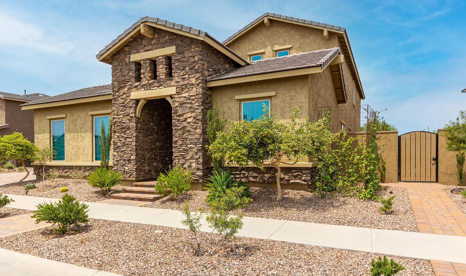 4912 S Centric Way, Mesa, AZ 85212