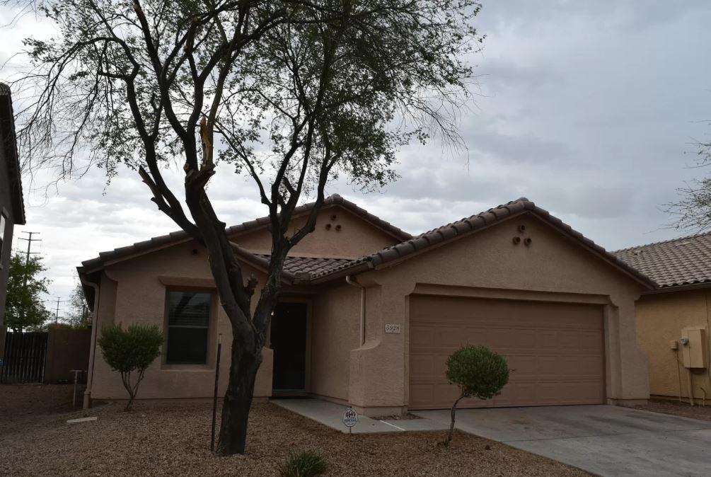 5928 W Albeniz Pl, Phoenix, AZ 85043