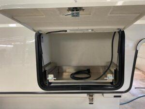 m75-Side-door-25x36