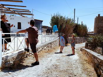 Meeting_locals_Greek_culture_hospitality_philoxenia