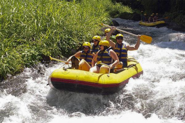 bali private tour Telaga Waja Rafting