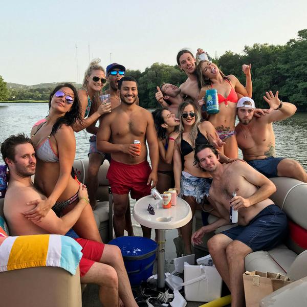 Sunday Funday on Lake Austin with 3 Amigos Boat Rental