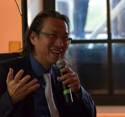 Makoto Fujimura in conversation at the Vancouver Art Gallery July 12. Photo by Duncan Ris.