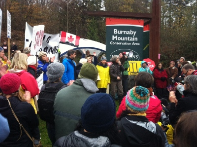 Despite the cold, rainy weather, groups of protestors (protectors) have remained steady on Burnaby Mountain.