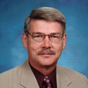 Peter Froese is executive director of the Federation of Independent Schools Association.
