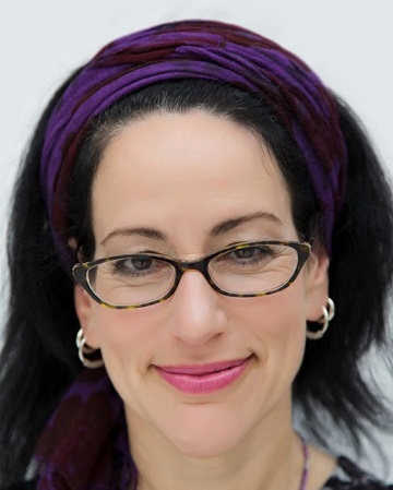 """Rabbi Laura Duham Kaplan remembers her family history and imaagines """"a world where we all recognize each other."""""""