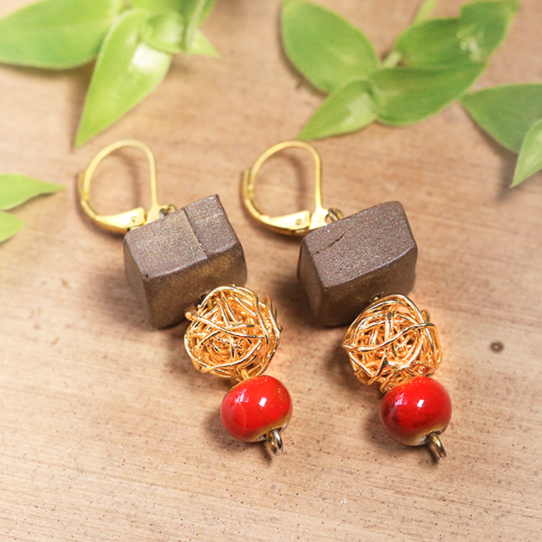 Antique Gold Red Cube Earrings