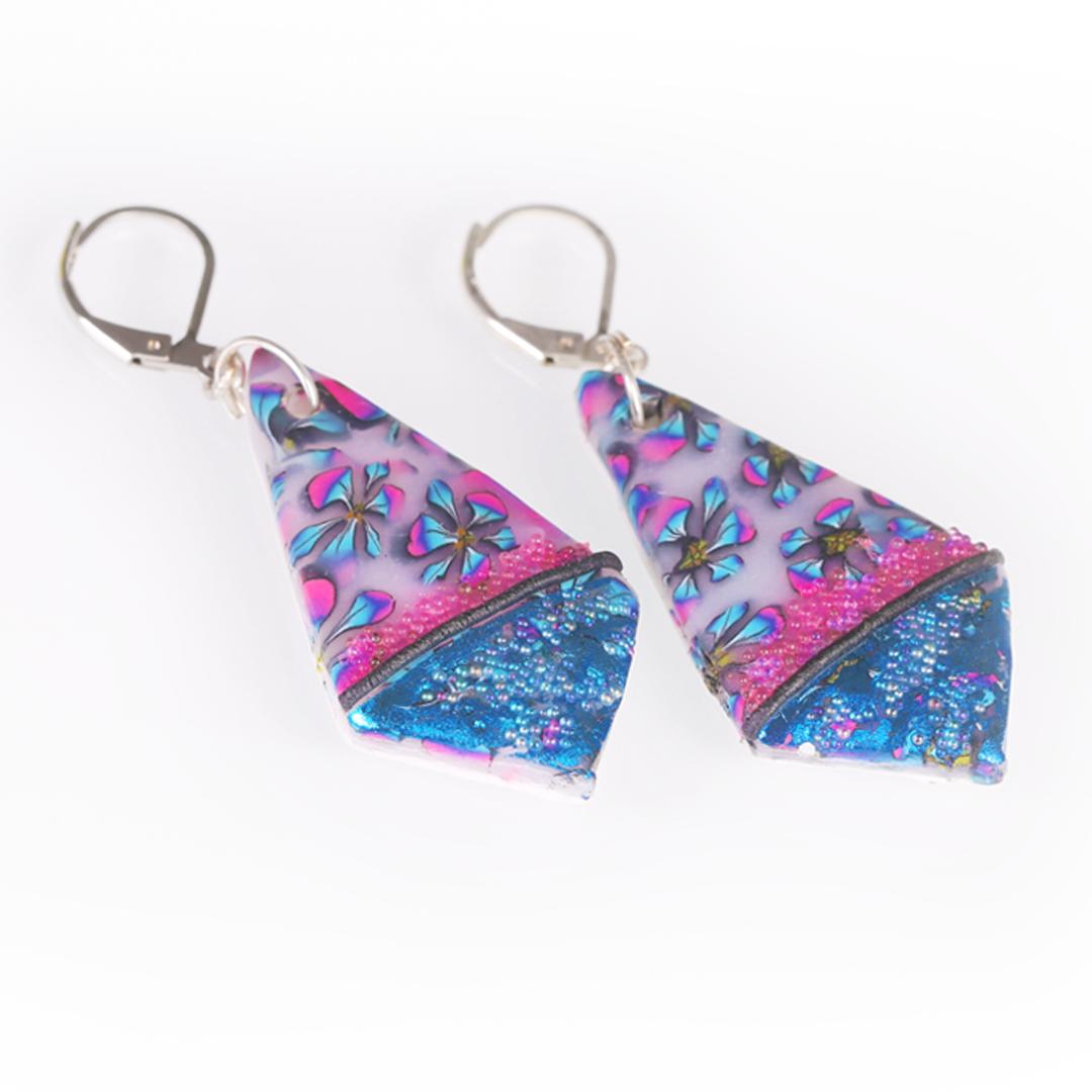 Geometric Metallic Flower Print Earrings