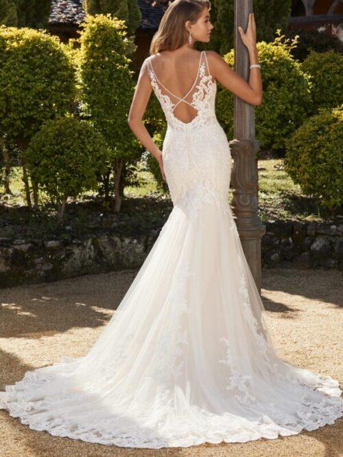 lace all over deep v wedding dress open back
