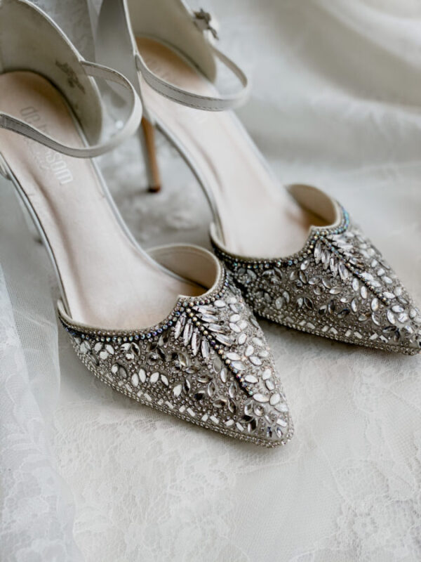 art deco wedding shoes with details for bride