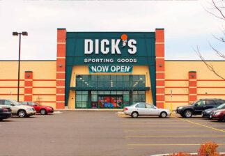 Front of building Dicks Sporting Goods Oshkosh