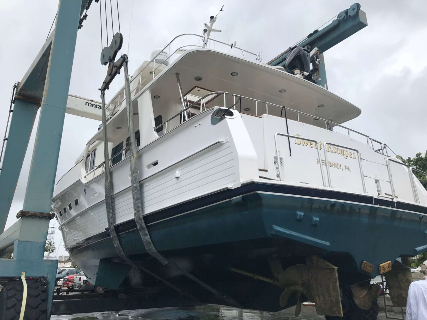 A Sweet Escapes yacht lifted up