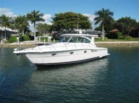 A Patricia 38 Tiara yacht