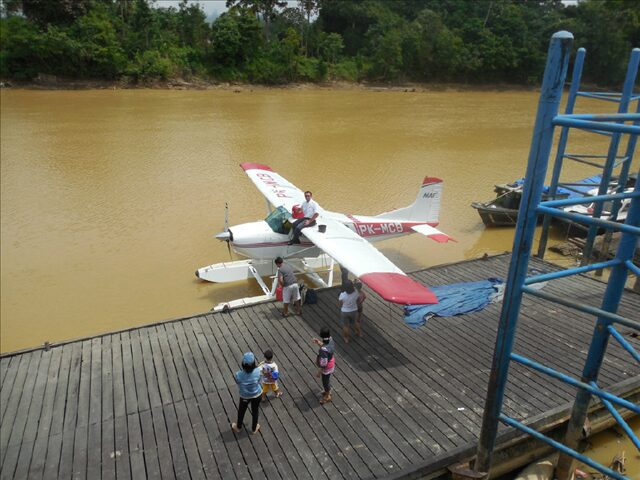A seaplane on the river.