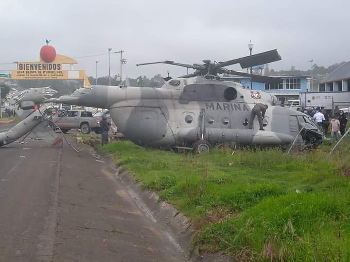 Se estrella helicóptero de la SEMAR en el estado de Hidalgo