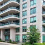 377 Madison Ave 417 Toronto, For Sale