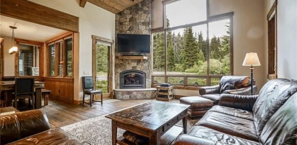 Buying A Home With An HOA In Breckenridge-Frisco Area