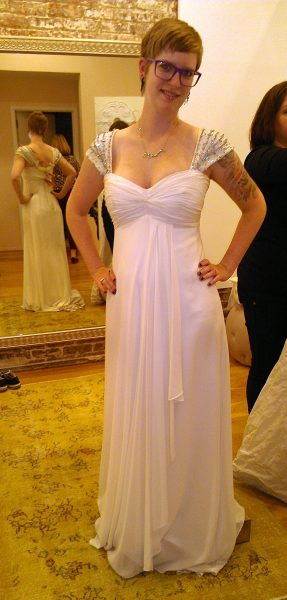 Cute and so easy to wear, but Grecian is not really my thing and it doesn't show off the waist at all.