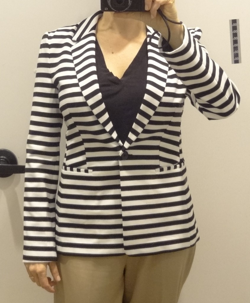 big bust friendly stripe blazer express front