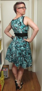 Sassy! It wasn't until this photo that I realized how well this dress functions as a semi-formal piece. Would be great for an outdoor summer wedding.