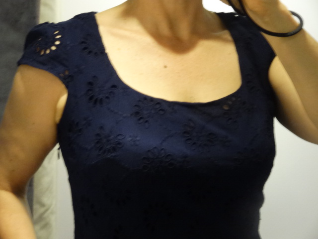 blog navy day dress neckline closeup