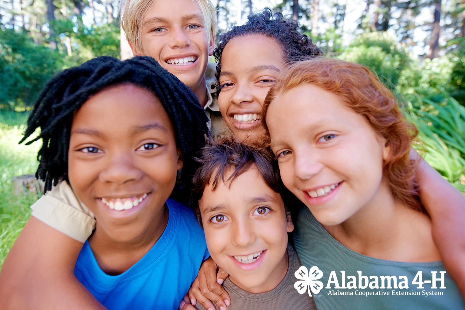 group of 4-H members together outdoors; Alabama 4-H