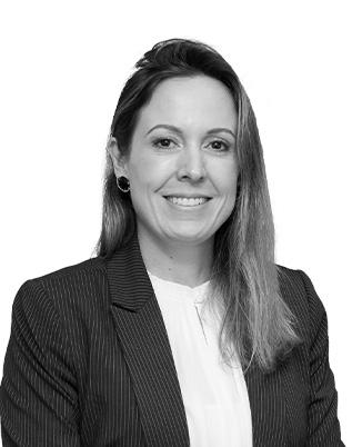 Retrato do associado Adriana Simões