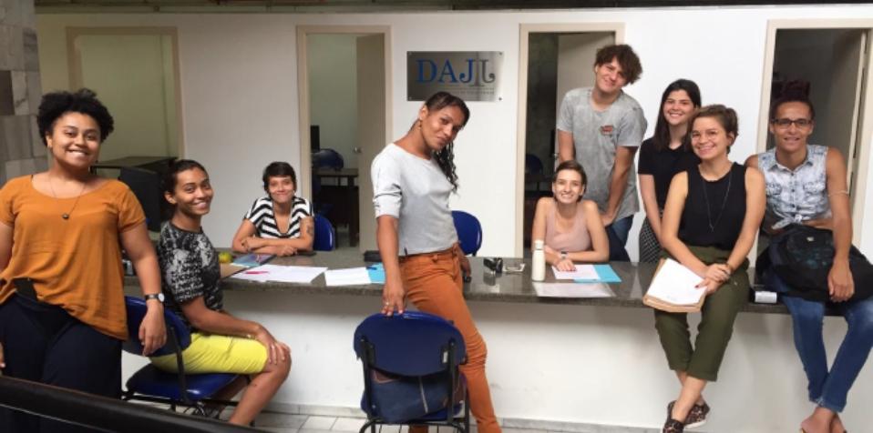 Equipe do Transpasse, projeto da Clínica de Direitos Humanos da UFMG, um dos vencedores da 1ª edição do Desafio de Acesso à Justiça