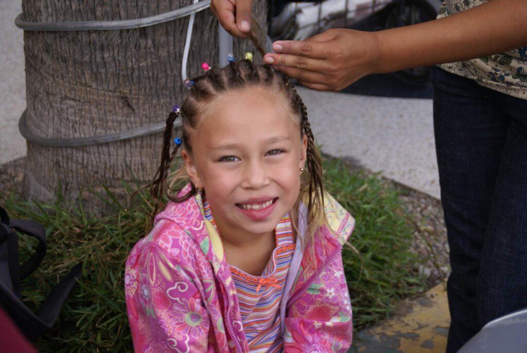 Hair Braiding & Henna Tattoos near Las Gaviotas