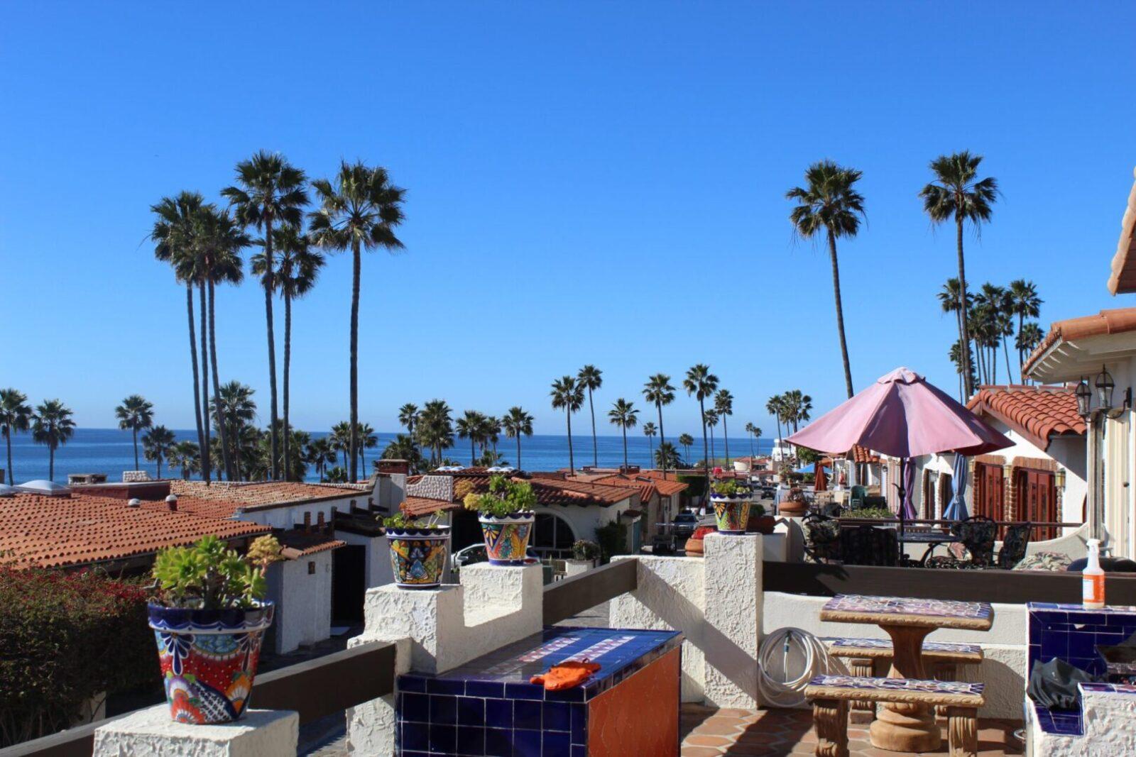Las Gaviotas Views