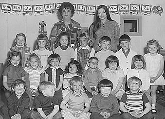 Child Care Center Montessori School Happy Day Nursery