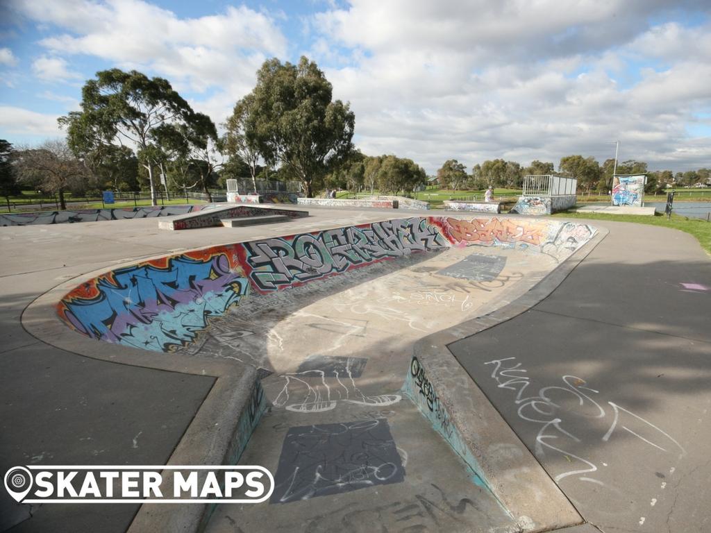 Elwood Skate Bowls