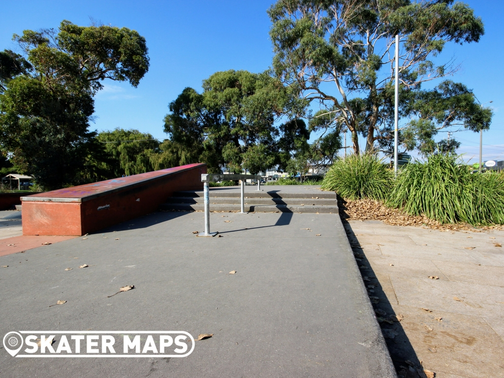 Rosebud Skatepark, Mornington Peninsula Victoria Skateparks for BMX, Scooters & Skateboarders