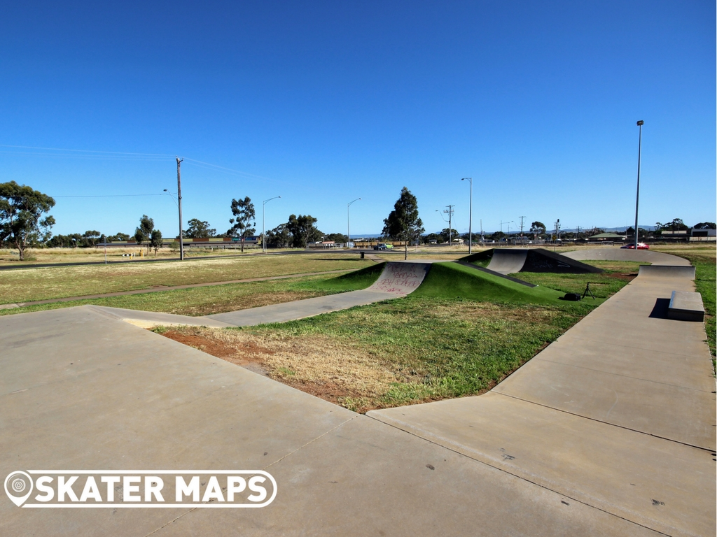 Melton South Skate Park