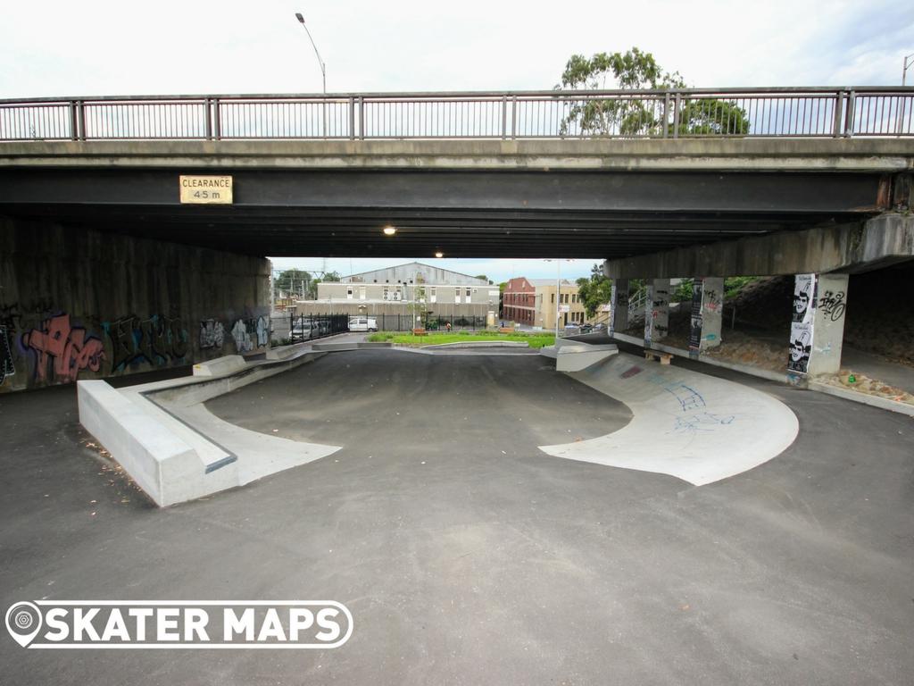 North Melbourne Skatepark, Northbank Skate Plaza