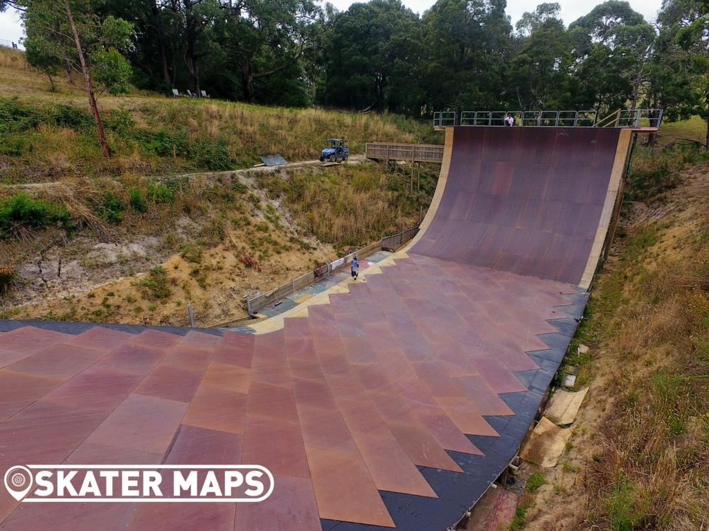 Mega Ramp Skateboarding Vert