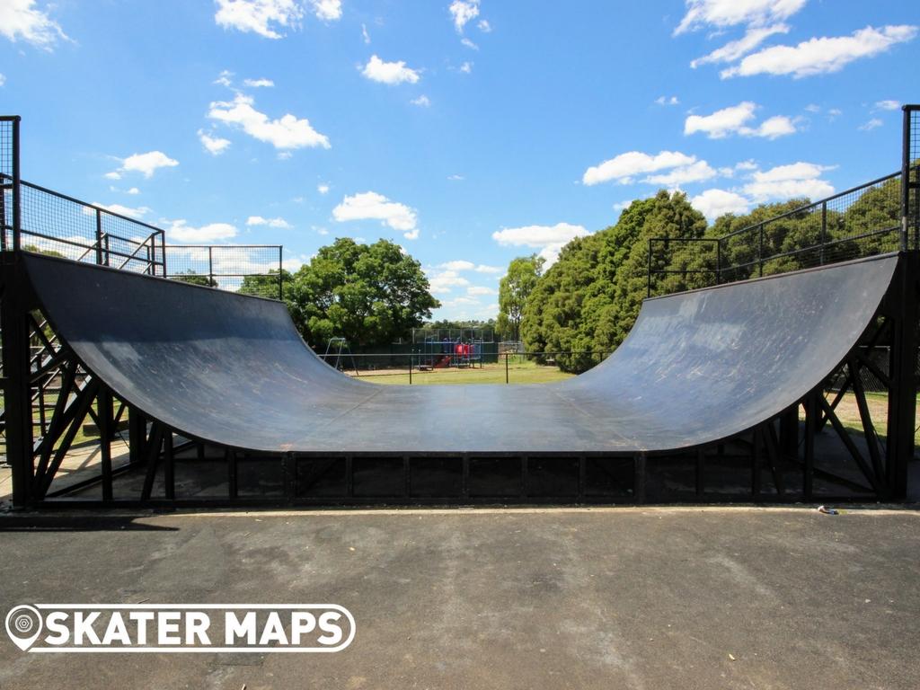 Strathmore Heights Skate Ramp
