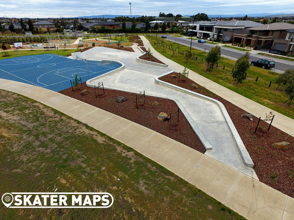 NEW ROXBOUGH PARK SKATE PARK